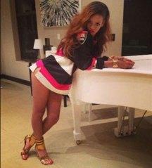 Really Rihanna?! Really?! Sigh.